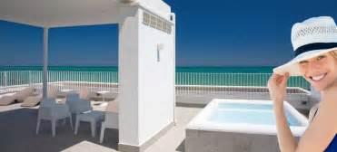 la terrazza san benedetto residence con piscina san benedetto tronto