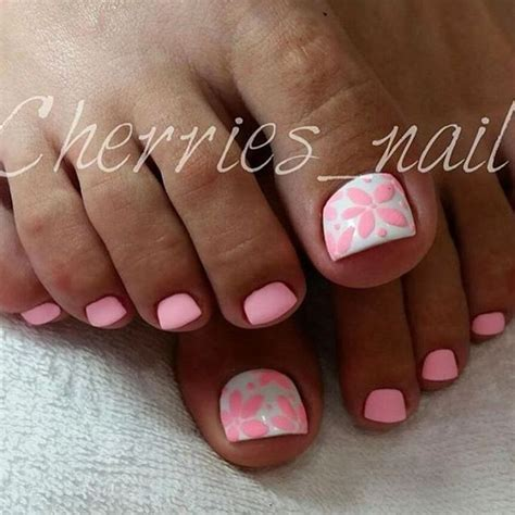 Best Pedicure by Best 20 Pedicure Nail Designs Ideas On