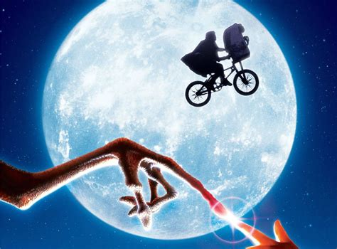 Family Movies by E T The Extra Terrestrial Adventure Family Science Sci Fi