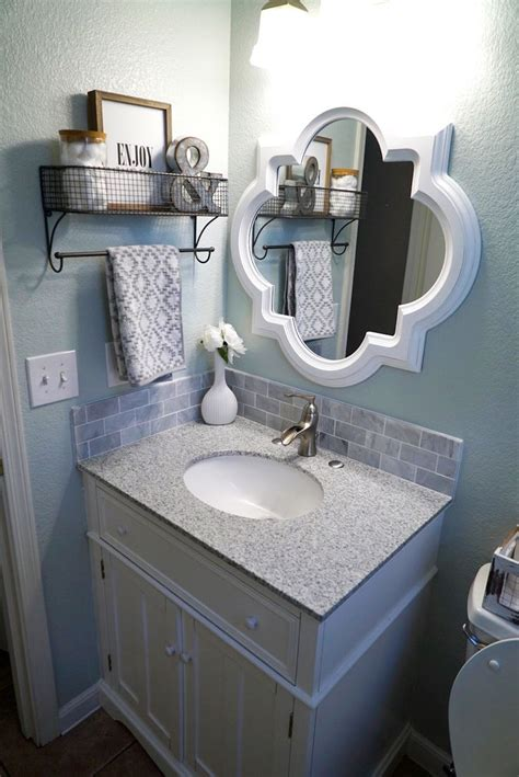 How To Decorate Bathroom Mirror Best 25 Small Bathroom Decorating Ideas On