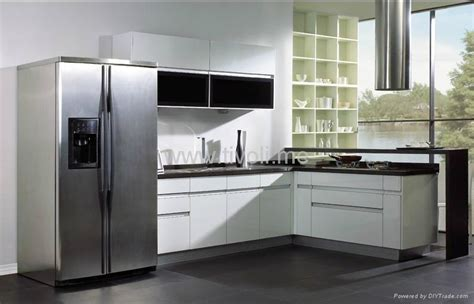 white lacquer kitchen cabinets kitchen cabinets white lacquered glossy and modern c
