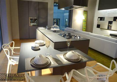 cucine con isola e tavolo emejing cucine con tavolo a isola images home ideas