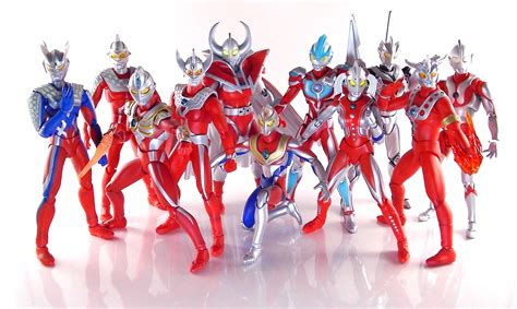 Ultraman Family Set 4 the titanic history of ultraman toys completeset