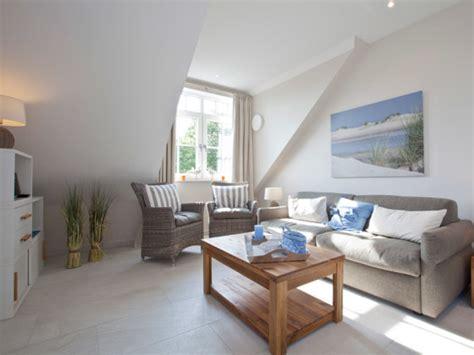 modern eingerichtete wohnzimmer ferienwohnung quot suennschien quot nordsee ostfriesische