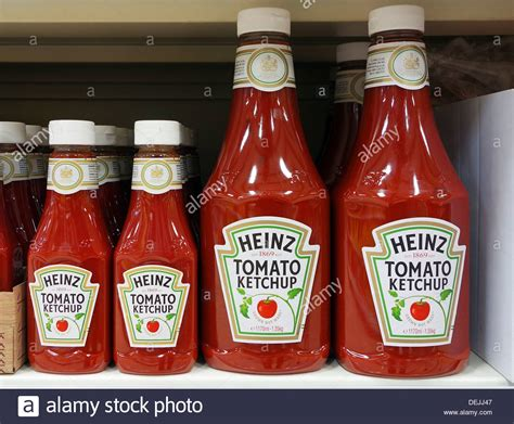 ketchup keychain 100 ketchup keychain heinz tomato sauce stock