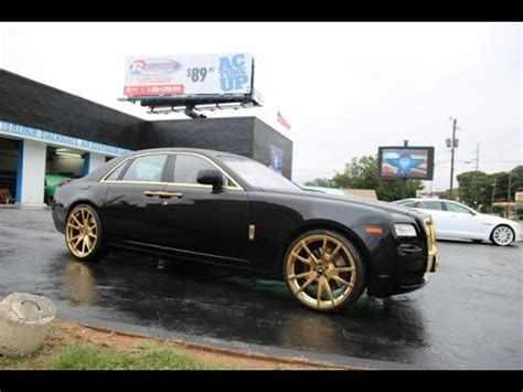 rolls royce gold rims whipaddict rolls royce ghost on gold 24 quot f2 01 m