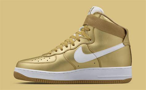 nike air force  high og gold le site de la sneaker