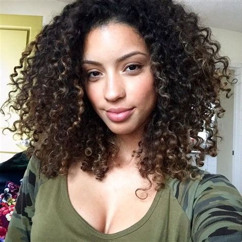 bouncy curly layered instruction haircuts 453 best images about hair styles on pinterest