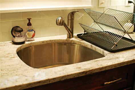 d shape sink