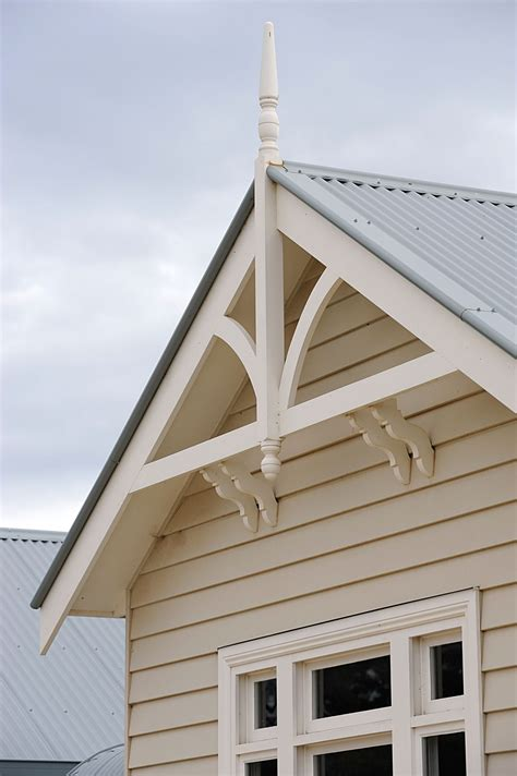 weatherboard home gables victorian eaves  gable