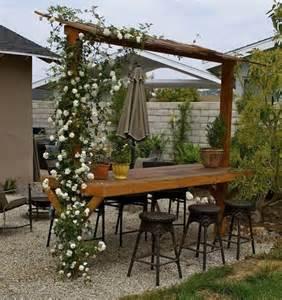Patio Pergola Bar Set Easy Space Conscious Outdoor Bar Design Ideas