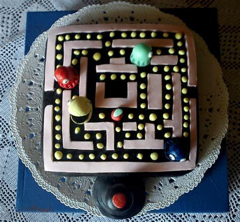 pacman cakes decoration ideas  birthday cakes