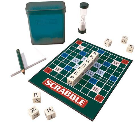 jumble scrabble mattel presente la versione portatile gioco scrabble