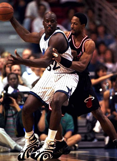shaquille o neal basketball shoes flashback shaquille o neal in the reebok shaqnosis