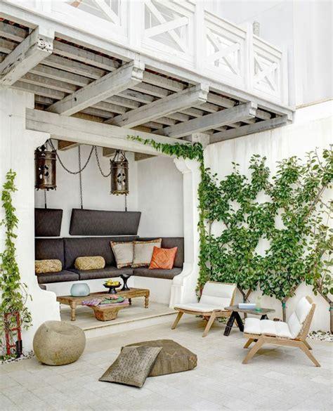 innendekoration ideen für wohnzimmer deko alten holzbalken