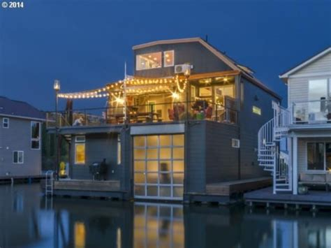 boat houses portland oregon floating homes for every budget