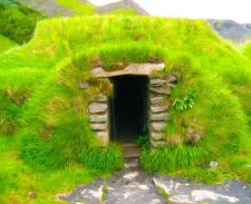 Gallery Tiny Studio Cottage a gallery of centuries old hobbit style turf homes in