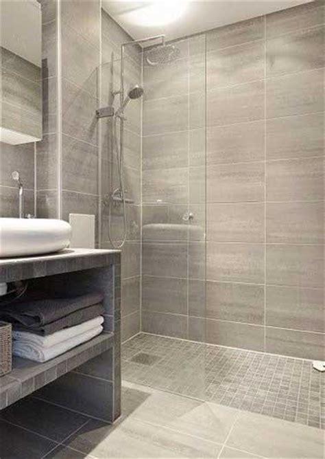 12x24 tile in a small bathroom 8 224 l italienne tendance chic et zen