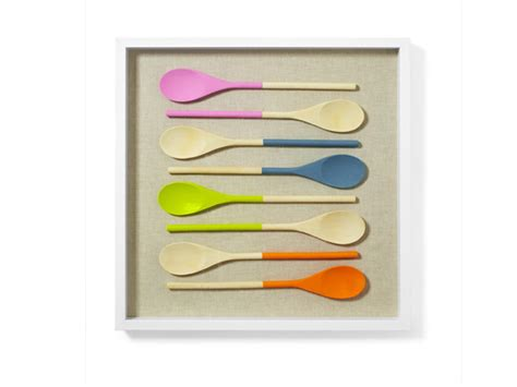 spotted diy wall art with painted spoons crafting a green world 10 diy home decor projects you can do in under an hour