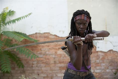Walking Dead Michonne random cool michonne kill 27 zombies in 47 seconds bloody disgusting