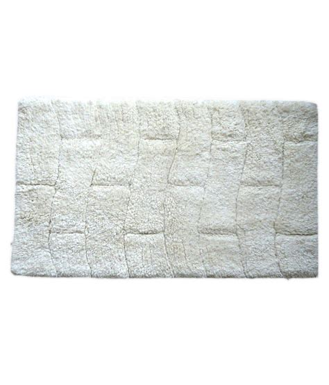 Woven Mat by Homepisodes White Cotton Woven Bath Mat Buy