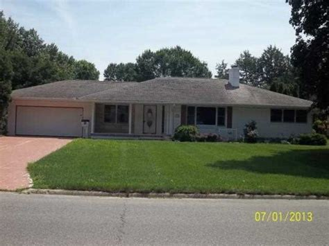 1161 prospect blvd waterloo iowa 50701 reo home details
