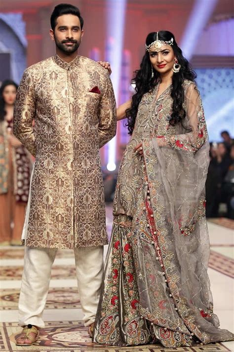 Couples Matching Clothes India Best Co Ordination Wedding Attire Looks Designers