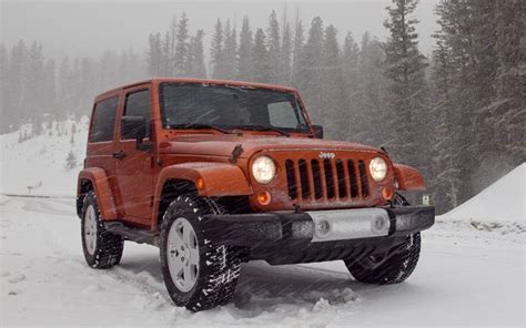 jeep wrangler snow first drive 2011 jeep wrangler photo image gallery