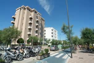 dell adriatico pesaro spe vacanze in adriatico hotel nettuno hotel