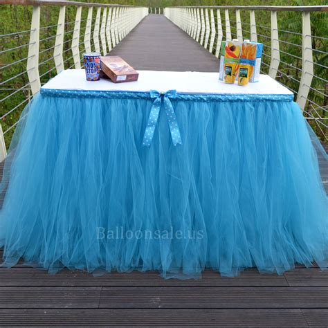 diy blue tutu table cover for tabel decor on