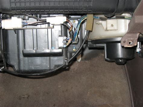 2008 jeep liberty blower motor resistor location where is my blower motor resistor yotatech forums