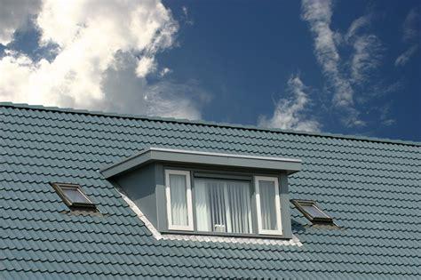 vorhaenge fuer dachfenster tipps und ideen zu stoff und