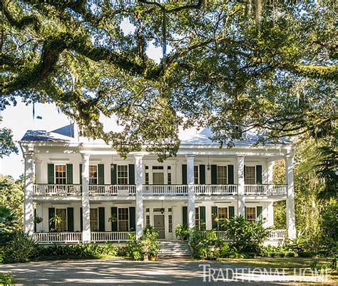 plantation home tastemaker artist hunt slonem traditional home