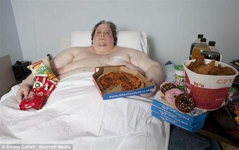 fattest in the world world s fattest dies at age 44 kemi filani news nigeria news nigeria