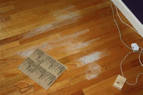 removing mold from hardwood floors how to clean mold from a wood floor espa 241 ol