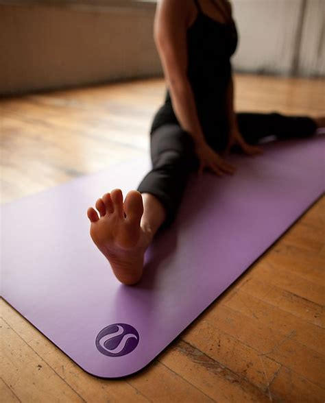 Lululemon The Mat Colors by Confessions Of A Lululemon Addict Upload Here S What S New