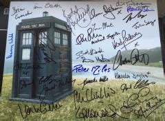 angela cullen s the notebook house doctor who multi signed 14x11 inch photo signed by thirty ac