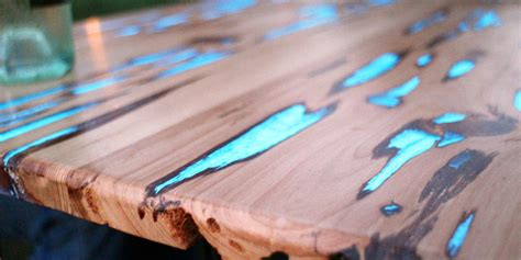 nachttisch holz vintage these diy tables don t just look beautiful they also glow