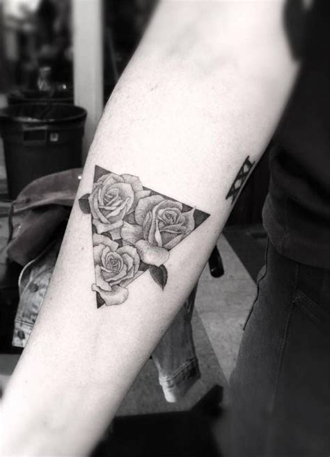 inner arm rose tattoo best 25 forearm tattoos ideas on tattoos