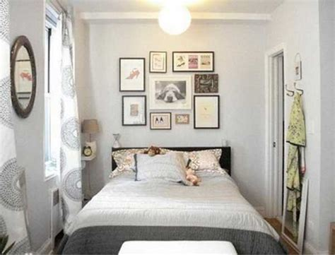 decorate a small bedroom 20 small bedroom designs that feel airy and comfortable