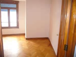 pisos compartidos vigo alquilo piso por habitaciones para estudiantes centro de