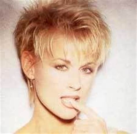 lorrie morgan haircuts hair styles on pinterest pixie haircuts pixie cuts and