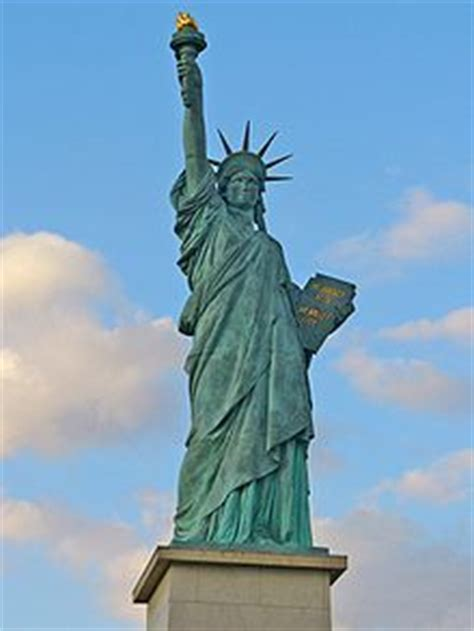Attrayant Exposition Jardin Du Luxembourg #8: 220px-Statue_of_Liberty_Paris_001.jpg
