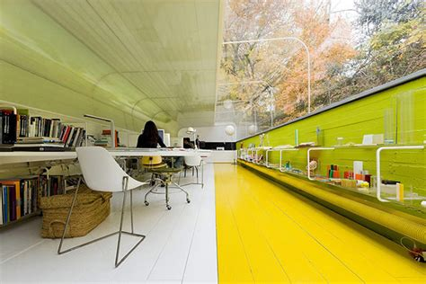creative amp modern office designs around the world hongkiat