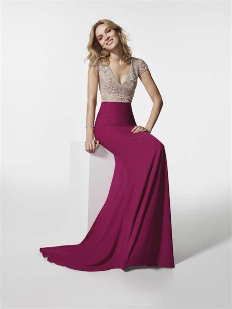 imagenes de vestidos impresionantes cat 225 logo pronovias 2018 moda en pasarela