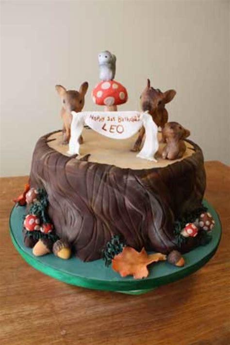 Stump Decorations Woodland Creatures Cake Cakecentral Com