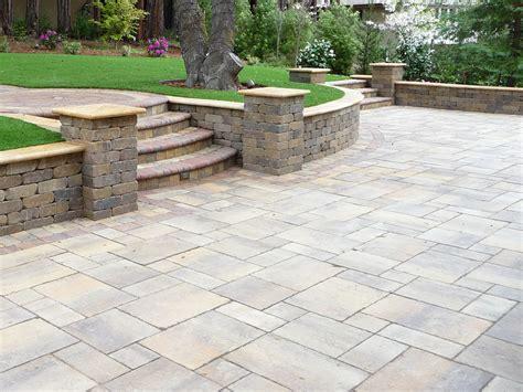 backyard designs with retaining walls gogo papa com