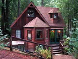 tiny cabin rentals 25 best ideas about tiny house cabin on pinterest tiny homes tiny houses and mini homes