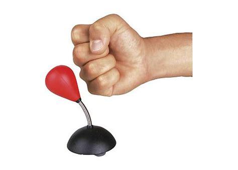 punching de bureau 10 objets pour se d 233 tendre au bureau