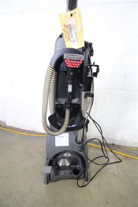 bissell 9200t multi surface vacuum property room